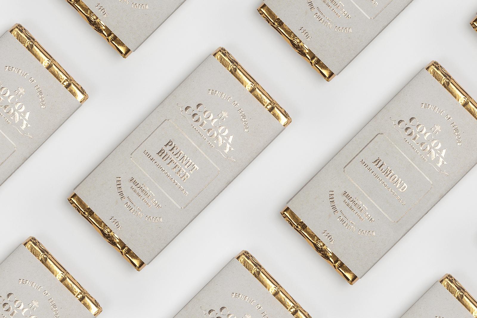 Золотистые оттенки на упаковке шоколада Cocoa Colony