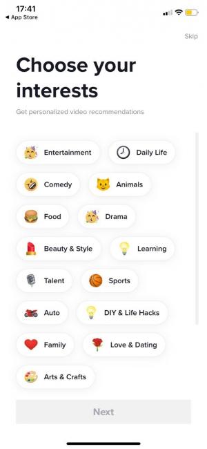 Экран рекомендаций при регистрации в TikTok