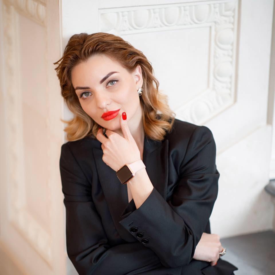 Екатерина Варварюк, CMO «Эмет», дистрибьютора медицинских препаратов для косметологии в СНГ