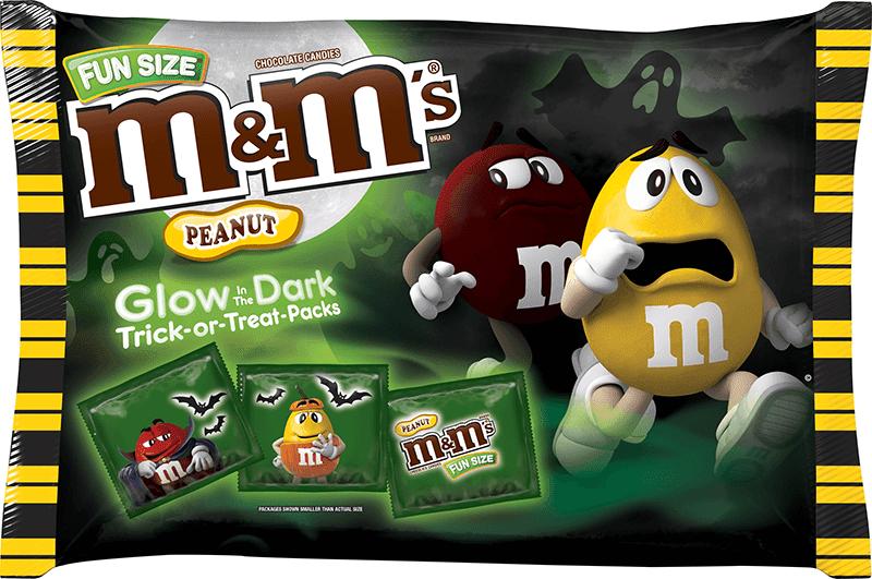 M&M's предложили покупателям симпатичные пакетики с конфетами, которые светятся в темноте