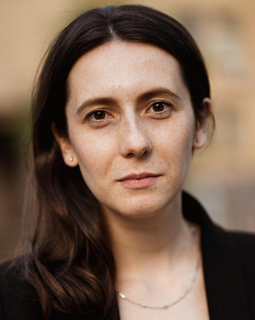 Анна Юровицкая, лидер команды коммуникаций в БФ «Таблеточки»