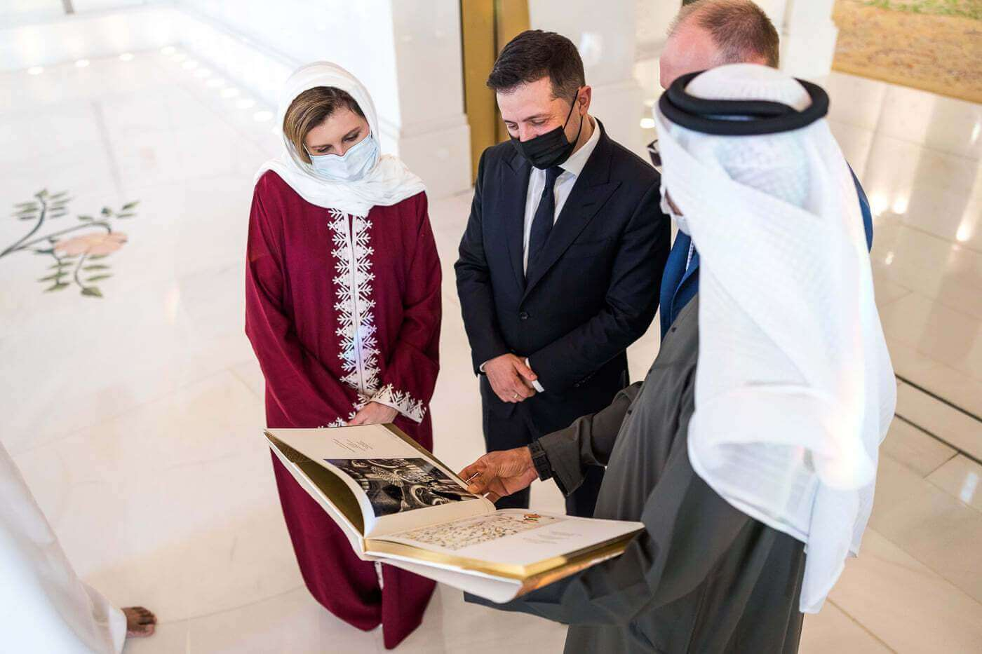 Визит президента Украины с женой в ОАЭ